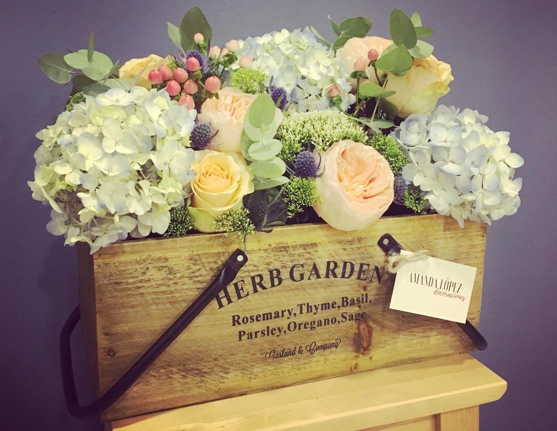 Caja XXL con flores de temporada